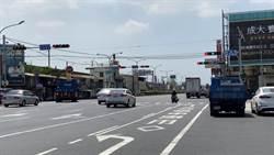 改善交通瓶頸 台南中正北路增設專用車道號誌