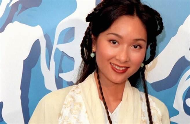 楊恭如1999年為《雪花神劍》來台宣傳,古裝扮相絕美。(本報系資料照)