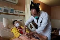 化療前先針灸止吐 中西醫聯手抗癌造福病人
