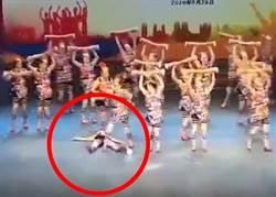 廣場舞大賽同伴突倒地猝死 其他大媽繼續跳