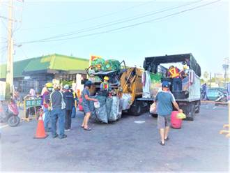 老舊資源與廚餘回收車滿街跑 中市議員籲速汰換