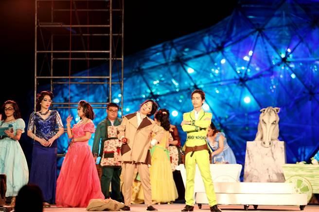 「灰姑娘不丟玻璃鞋」音樂劇今晚在高跟鞋教堂演出。(嘉義縣政府提供/張毓翎嘉義傳真)