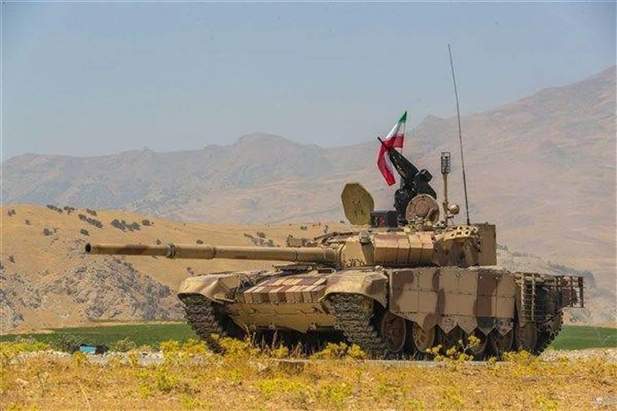 伊朗公布的T-72S改良型主戰坦克。(圖/翻攝自 青年日報,SNN網站)