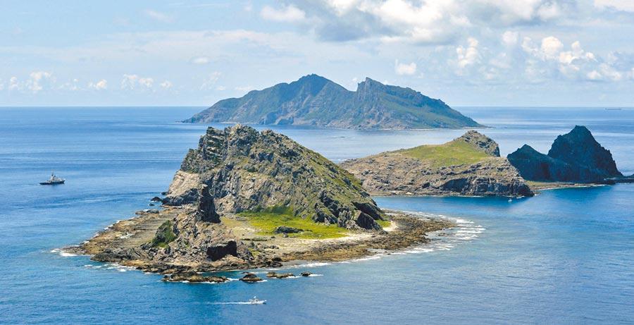 钓鱼台被日本更名,我外交部严正抗议,但又指是肇因于大陆海警船巡航所挑起。(美联社)