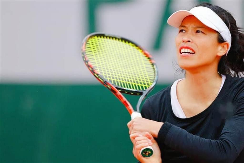謝淑薇在法網女雙挺進16強。(取自WTA)