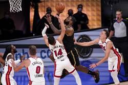 NBA》皇眉合拿65分 湖人總冠軍賽2比0領先