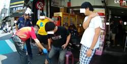 衰!嘉義2男坐路邊吃早餐被機車男撞傷