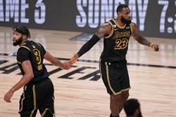 NBA》穿黑曼巴球衣全勝 詹皇:這很特別