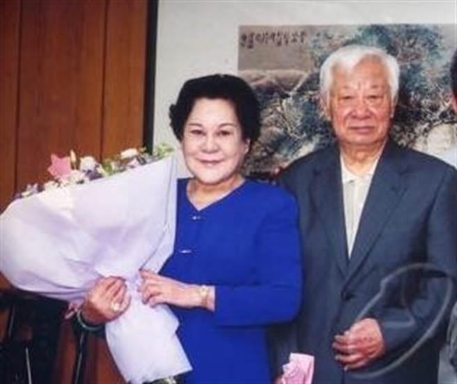 錢璐與曹健曾是演藝圈鶼鰈情深的明星夫妻檔。(摘自台視網站)