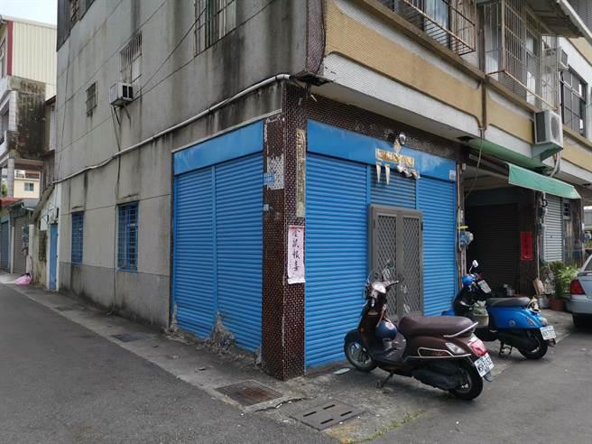 台南市新市區凌晨發生槍擊案,吳姓男子與張男巷口談判,一言不合連開3槍,其中1槍擊中張男左胸。(劉秀芬攝)