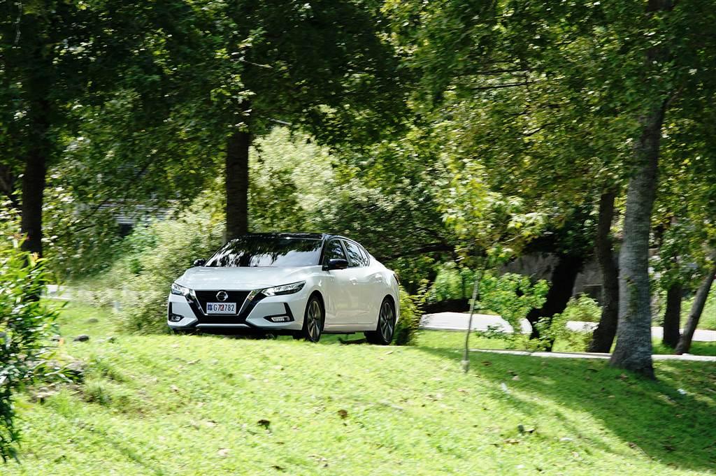 NIM智行科技的規格相當完整,涵蓋ICC智慧定速、PFCW超視距車輛追撞警示等,規格超越美國、中國市場。