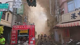疑遭廟會放炮波及 台南美食觀光區中醫診所遭燒毀廟方否認