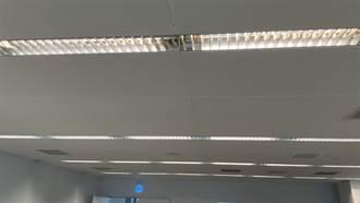 男子更換日光燈管被電昏倒地  無生命跡象搶救中