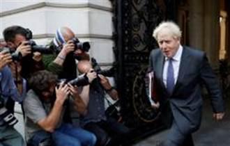 英國單日新增首破2萬 首相警告嚴峻疫情恐持續至耶誕節後
