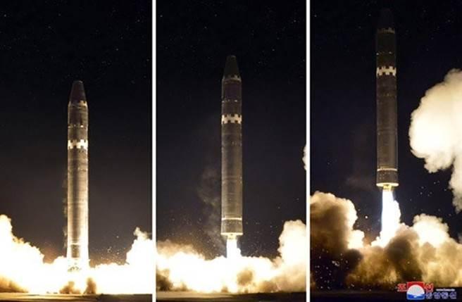 2017年,北韓試射火星15型。(圖/missilethreat)