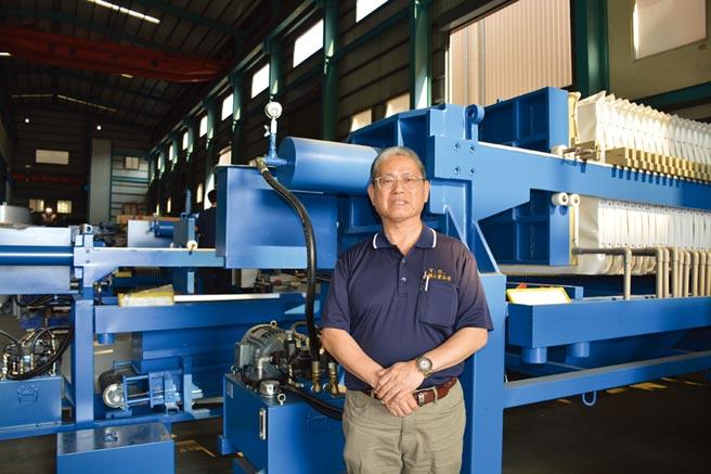元錩公司總經理蔡篤行表示,將「廢水變黃金」,也讓台灣的環境更清淨、讓未來更美好。圖/李水蓮