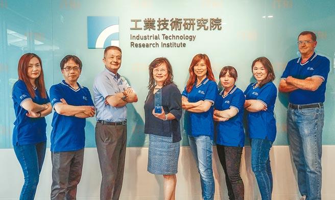 工研院以「創新的思維」、「開放式溝通」、「敏捷式管理」3項文化DNA,營造吸引年輕科技人才的環境,獲得LinkedIn「台灣最佳互動雇主品牌」肯定。(工研院提供/羅浚濱新竹傳真)