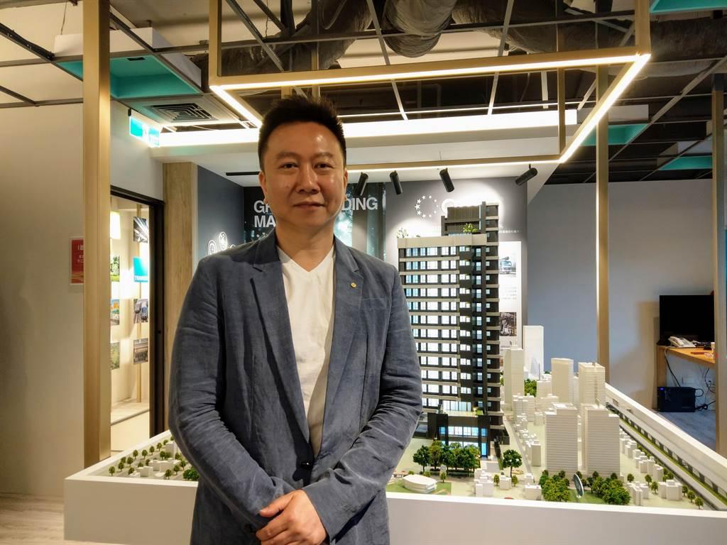 西勝國際、美勝美開發董事長黃宗偉表示,今年美勝美開發自建首案「翫美A9」銷售告捷。(葉思含攝)