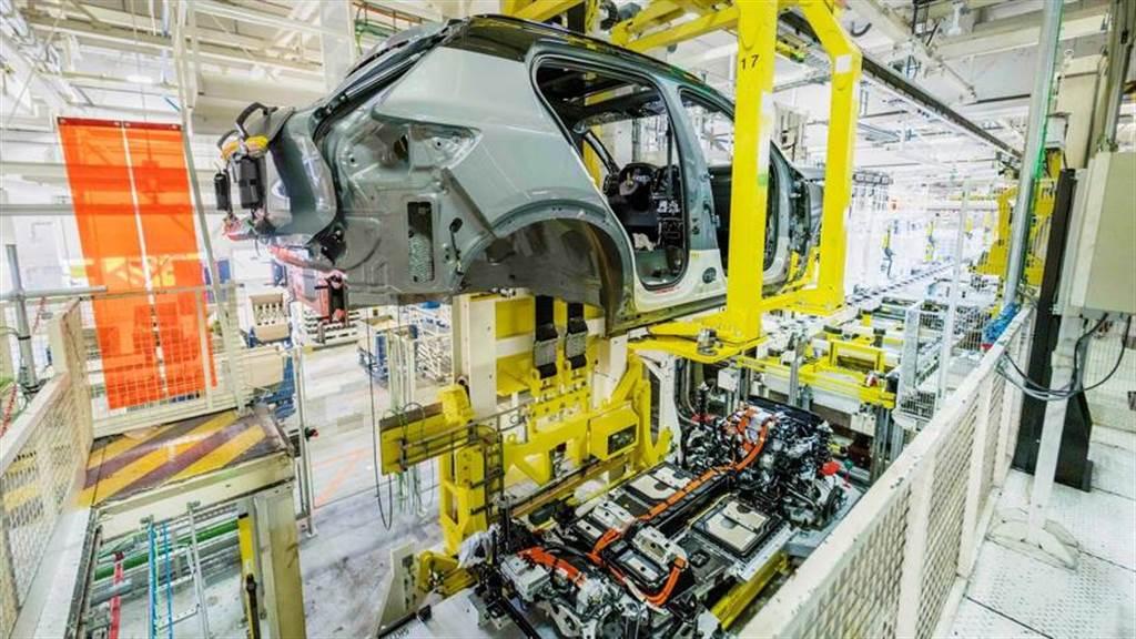 Volvo XC40 Recharge 電動休旅正式投入生產,十月下旬開始交車