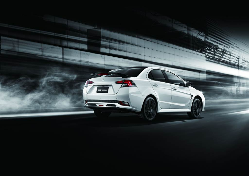 Mitsubishi Grand Lancer B&W羨定版 71.9 萬發售、三菱得利卡新車色-富利金同步亮相!