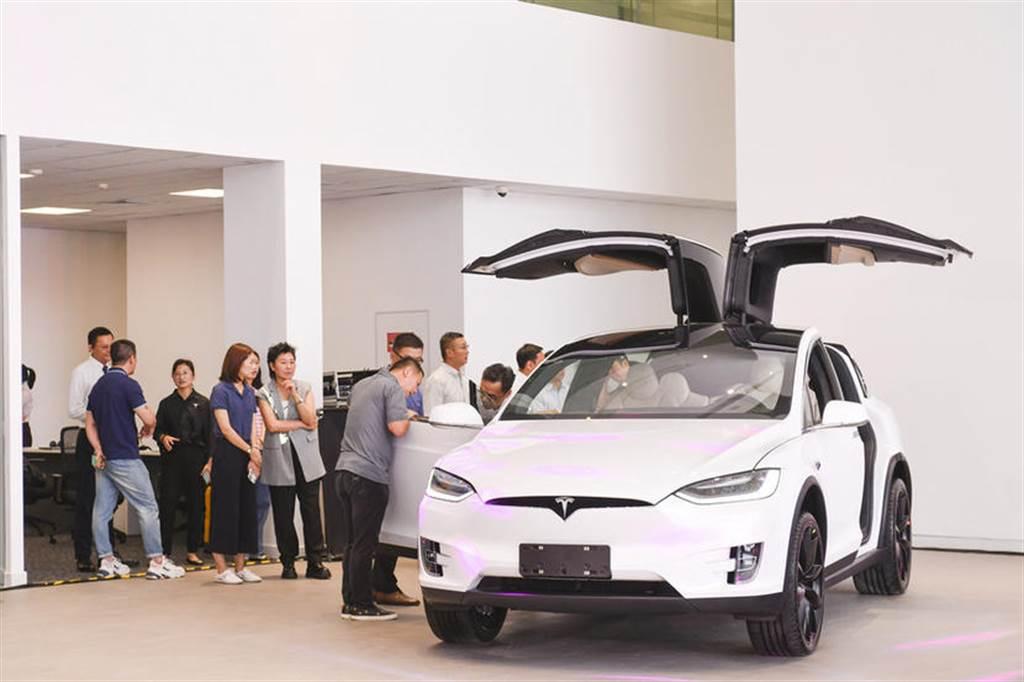 2020 年 9 月份台灣電動車銷售排行榜:特斯拉單季破紀錄,Model 3 連莊豪華房車第一名