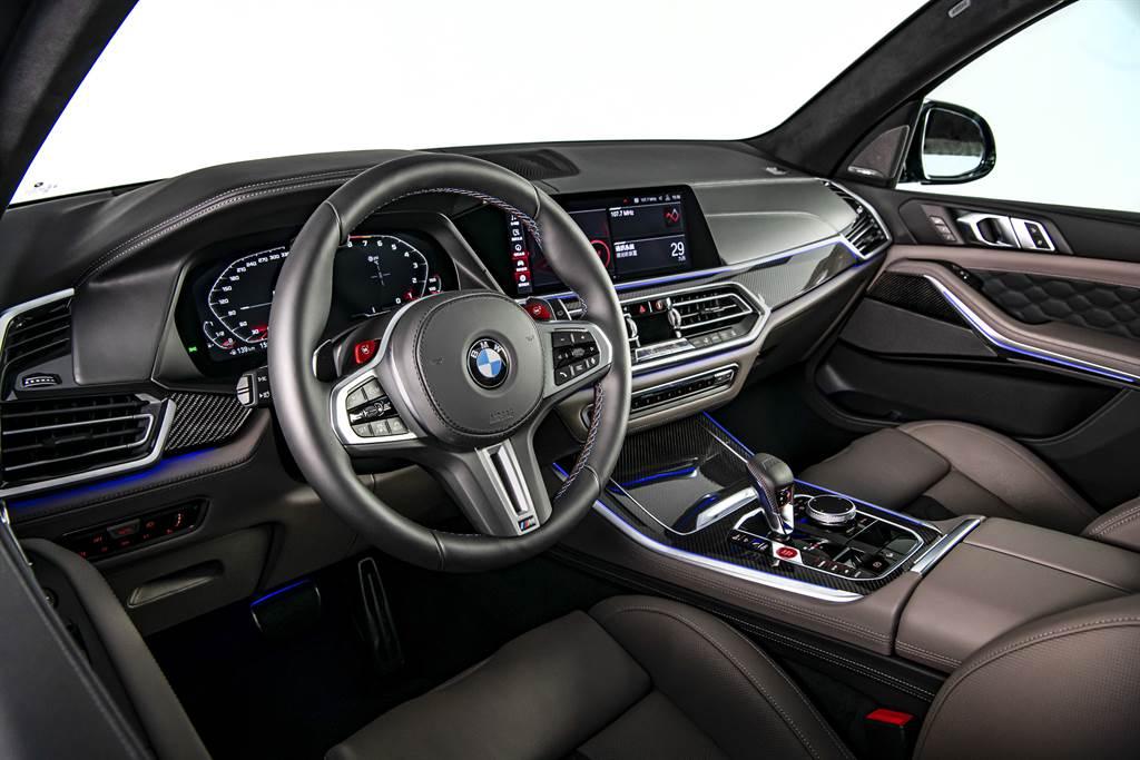 內裝布局大致上與X5相同,具備12.3吋數位儀表與12.3吋中控螢幕。