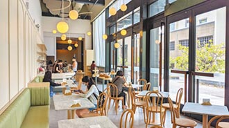 高史博換新裝 打造網美輕食店