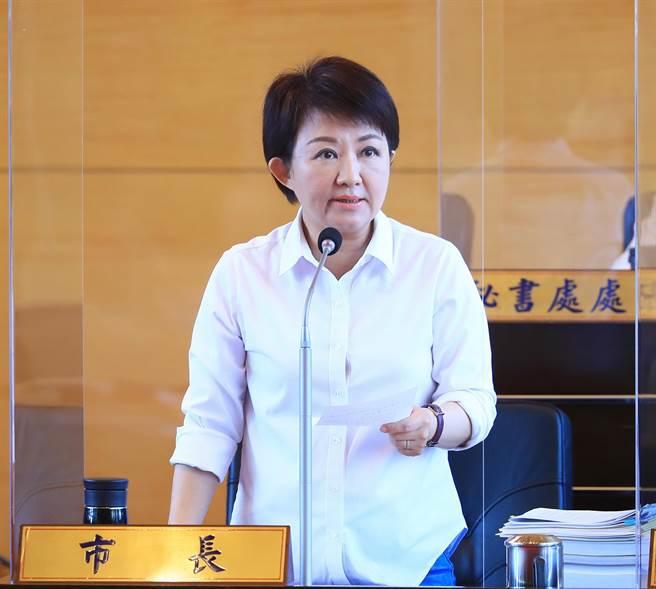 台中購物節締佳績,市長盧秀燕感謝議員鼓勵,將持續努力帶動台中經濟發展。(陳世宗攝)