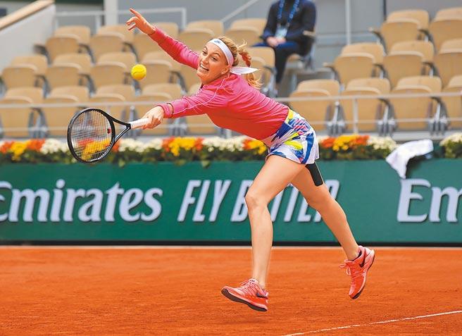 捷克女將可維托娃6比2、6比4擊退大陸選手張帥,晉級女單8強。(美聯社)