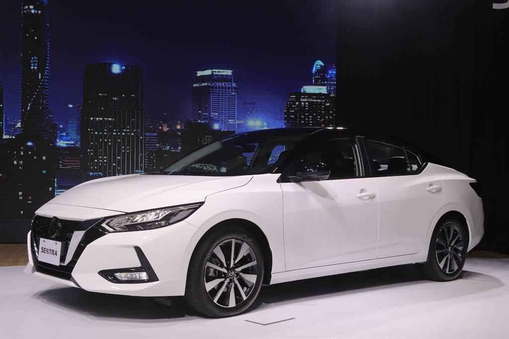 較預售價降 1 萬,日系跑房車 Nissan Sentra 1.6 售價 73.9 萬起正式登場