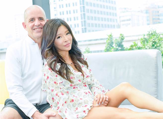 李愛綺與老公Duke結婚12年,感情恩愛。(本報系資料照)