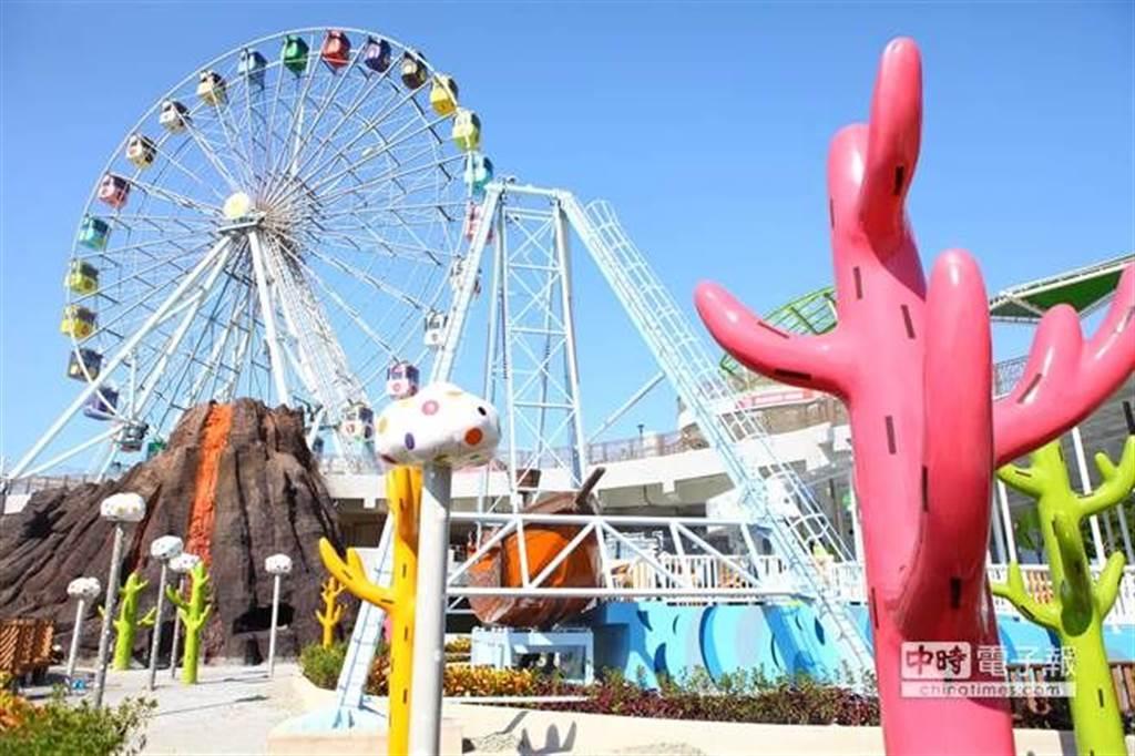 台北捷運就推出優惠活動,只要在連假期間購買台北市兒童新樂園限定一日歡樂票,只需300元就可將園區玩透透。(圖片取自中時電子報)