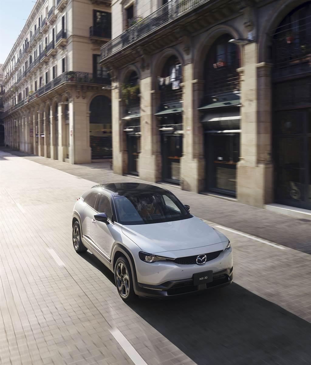 Mazda 百年全新紀元產品:MX-30 e-SKYACTIV-G 輕油電日本正式發售!