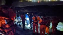 瑞芳象鼻岩2釣客落海下落不明 直升機、巡防艇搜救仍未果