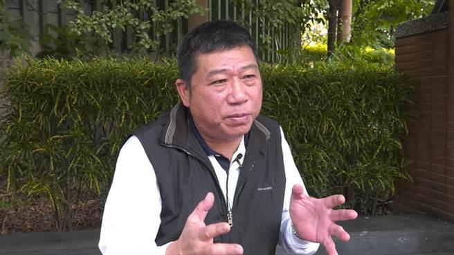 流氓牧師陳汶濱分析館長槍擊案。(攝影/陳威成)
