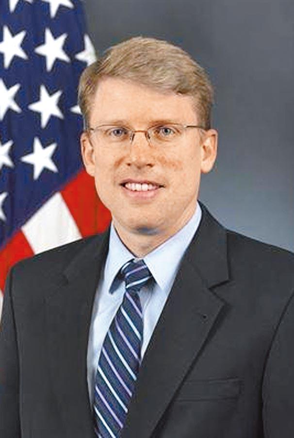 美國防部亞太安全事務首席副助理部長海大衛David Helvey。(摘自U.S.DEPARTMENT OF DEFENSE)