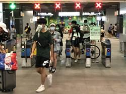 中秋、雙十連假隔1星期 高雄火車站乘客減少近2成