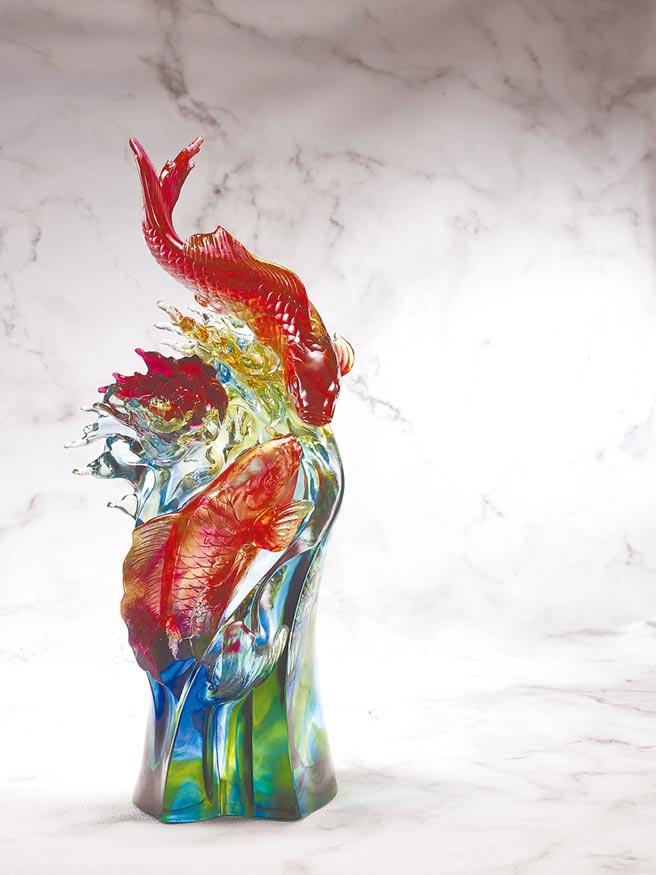 琉園作品瀲灩風華,重8.2kg,全球限量22件,8萬8800元。(琉園提供)