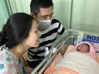 元旦媽媽喜迎國慶寶寶 一家之主感謝特別的緣份