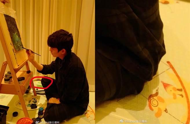 網友發現朱一龍曬照出現嬰兒濕紙巾和爬行墊。(圖/翻攝自Rabbit每日爆料微博)