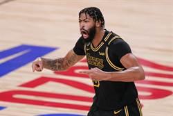 NBA》一眉哥打臉克勞德該禁賽?聯盟沒出聲