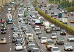 國5北上湧現車潮  宜蘭到頭城時速僅18公里