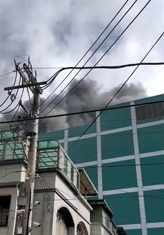 新竹復揚科技工廠大火 濃煙密布嚇壞居民