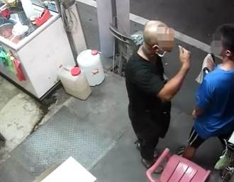 鄰店顧客停車到店門前 兩家店員糾紛爆傷害
