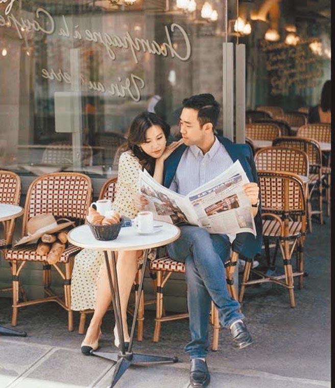 富邦集團大董蔡明忠的大女兒蔡承穎(左)結婚,新郎馬辰宇是韓國人。10日晚上在松菸10樓舉行婚宴圖/富邦集團提供