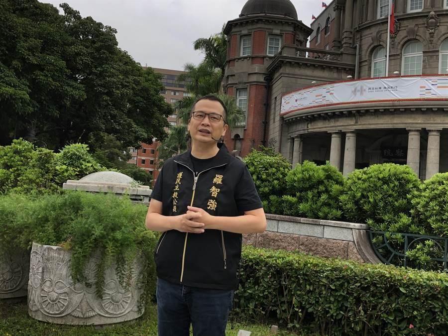 羅智強6日赴監察院踢館。(趙婉淳攝)