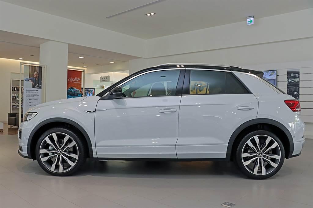 搖滾跑旅即將登場,Volkswagen T-ROC 330 TSI R-Line Performance 展間體驗!