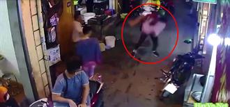 街頭格鬥Combo連技「公主抱」影片曝光  網:好幸福的畫面