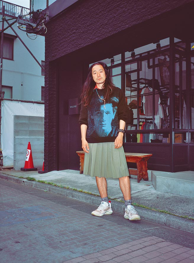 Marc Jacobs Heaven系列強調「多元」,運用電影《Totally F***ed Up》的影像、台詞、人物為元素,設計服裝及快閃店裝潢。(Marc Jacobs提供)