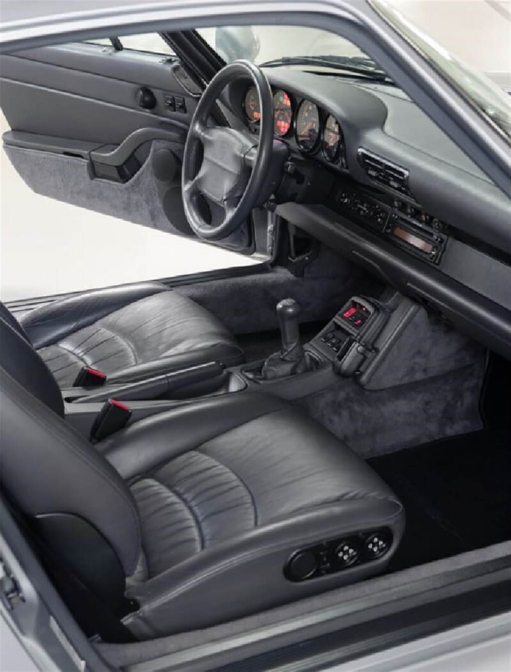 Porsche末代氣冷993世代911 Turbo來自959技術概念的傳承